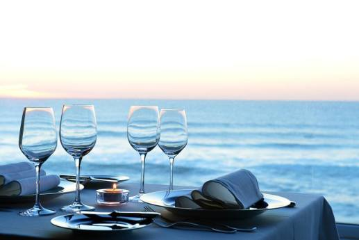 restau_ambiance_Table_mer_couverts_Romantic